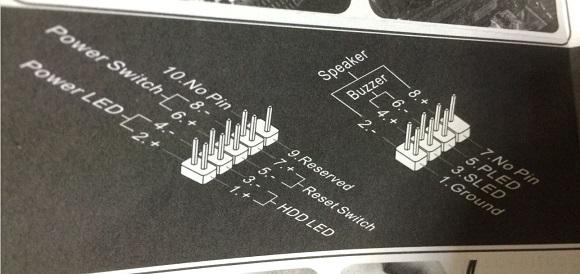 PCケースからのケーブルのピンへの配線の図