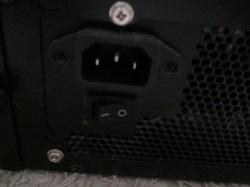 PCの主電源を切る